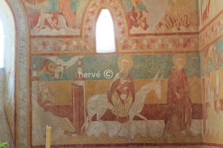 France, Cher (18), Brinay, église St Aignan et ses fresques // France, Cher, Brinay, the frescoes of the Church St Aignan.