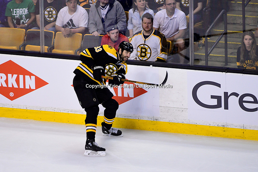 May 2, 2018: Boston Bruins defenseman Zdeno Chara (33) in game action during game three of the second round of the National Hockey League's Eastern Conference Stanley Cup playoffs between the Tampa Bay Lightning and the Boston Bruins held at TD Garden, in Boston, Mass. Tampa Bay defeats Boston 4-1. Eric Canha/CSM