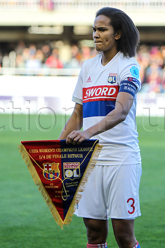 28th March 2018, Mini Estad, Barcelona, Spain; Womens Champions League football, quarter final, 2nd leg, Barcelona Women versus Lyon Women; Wendie Renard of Olimpique de Lyon with team pendant before the match