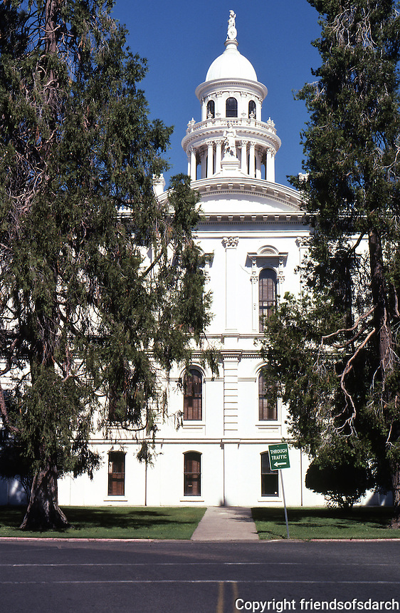 Merced CA: County Court House, Southern Elevation. (Now a Civic Museum.)    Photo 2000.