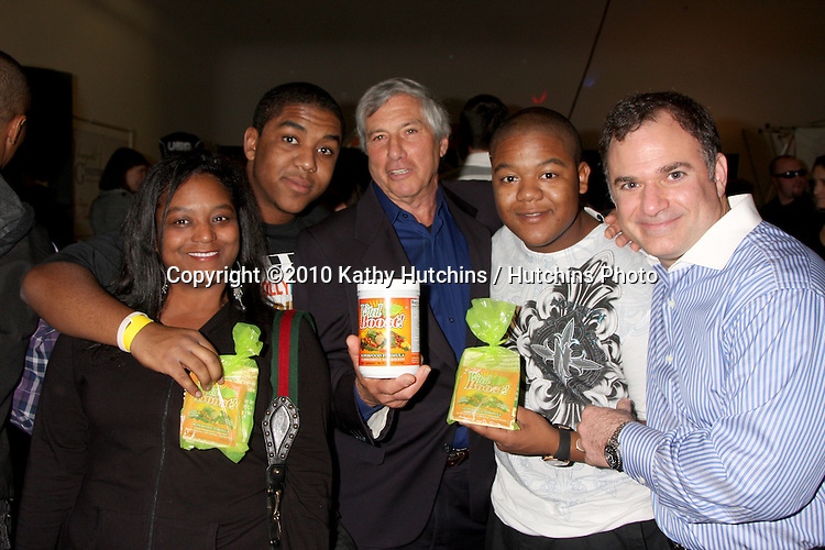 LOS ANGELES - NOV 20:  Kyle & Chris Massey,with their mother and  Victor Zeines,  Gil R. Tatarsky  at the Connected's Celebrity Gift Suite celebrating the 2010 American Music Awards at Ben Kitay Studios on November 20, 2010 in Los Angeles, CA