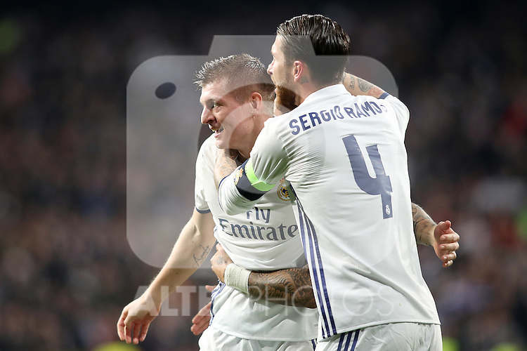 Real Madrid's Toni Kroos (l) and Sergio Ramos celebrate goal during Champions League 2016/2017 Round of 16 1st leg match. February 15,2017. (ALTERPHOTOS/Acero)