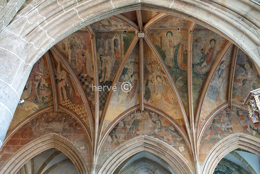 France, Bretagne, Morbihan (56), Kernascléden, Chapelle Notre-Dame, les fresques du plafond du choeur // France, Bretagne, Morbihan, Kernascléden, Chapel Notre-Dame, the ceiling frescoes of the choir