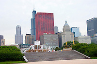 Chicago skyline with Buckingham Fountain in Grant Park.  Chicago Illinois USA