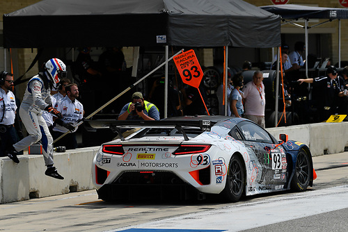 Pirelli World Challenge<br /> Grand Prix of Texas<br /> Circuit of The Americas, Austin, TX USA<br /> Sunday 3 September 2017<br /> Peter Kox/ Mark Wilkins pit stop<br /> World Copyright: Richard Dole/LAT Images<br /> ref: Digital Image RD_COTA_PWC_17283