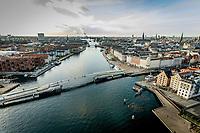 028 190110 Dronebilleder af Den lille  Havfrue, Kastellet, Amager Bakke, Papir&oslash;en, Skuespilhuset, Amalienborg og Inderhavnsbroen.<br /> Foto: Jens Panduro