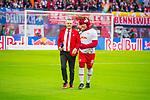 07.10.2018, Red Bull Arena, Leipzig, GER, 1. FBL 2018/2019, RB Leipzig vs. 1. FC N&uuml;rnberg/Nuernberg,<br /> <br /> DFL REGULATIONS PROHIBIT ANY USE OF PHOTOGRAPHS AS IMAGE SEQUENCES AND/OR QUASI-VIDEO.<br /> <br /> im Bild<br /> <br /> <br /> Maskottchen und Stadionmoderator von RB Leipzig<br /> <br /> Foto &copy; nordphoto / Dostmann