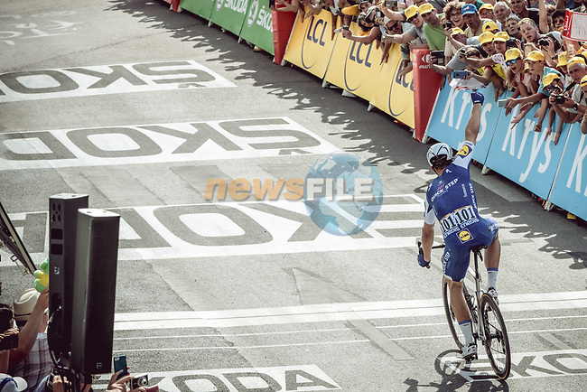 Marcel Kittel (GER) Quick-Step Floors wins Stage 6 of the 104th edition of the Tour de France 2017, running 216km from Vesoul to Troyes, France. 6th July 2017.<br /> Picture: ASO/Thomas Maheux | Cyclefile<br /> <br /> <br /> All photos usage must carry mandatory copyright credit (&copy; Cyclefile | ASO/Thomas Maheux)