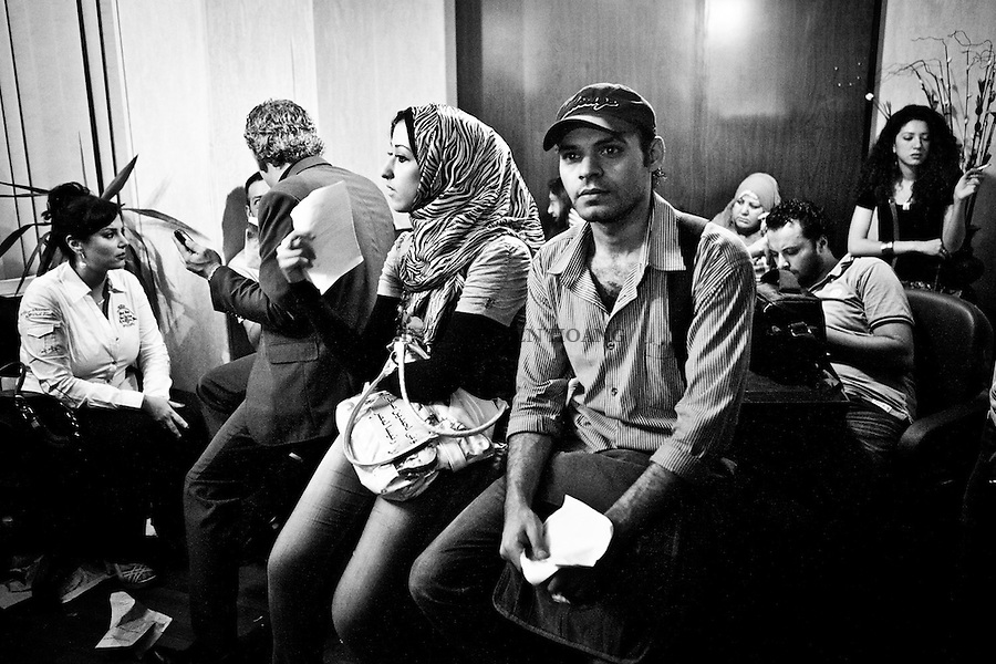 ©VIRGINIE NGUYEN HOANG/.Egypt,Cairo.2012..People were waiting for the official results of the Presidential elections. For some, its was the last hope to see Hamdeen Sabbahi at the second place instead of Ahmed Shafiq