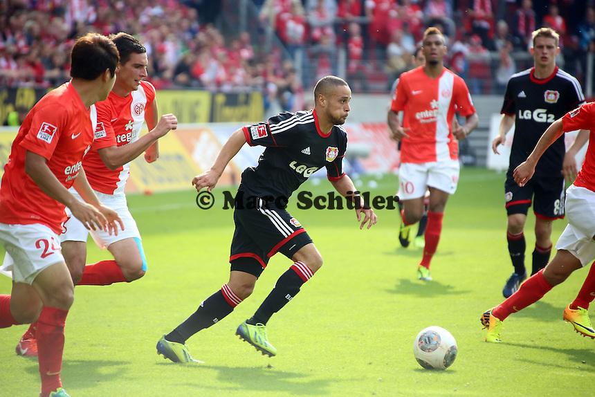 Sidney Sam (Bayer) setzt sich durch - 1. FSV Mainz 05 vs. Bayer 04 Leverkusen, Coface Arena, 6. Spieltag