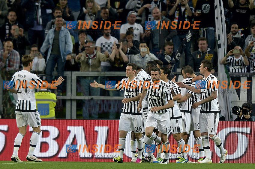 Esultanza giocatori Juventus dopo gol, goal celebration,<br /> Torino 20-04-2016, Juventus Stadium, Football Calcio 2015/2016 Serie A, Juventus - Lazio, Foto Filippo Alfero/Insidefoto