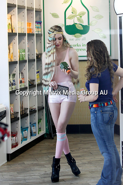 4 JUNE 2014 NEW YORK USA<br /> <br /> EXCLUSIVE PICTURES<br /> <br /> Gabi Greko pictured out and about in the West Village where she stopped off at an organic foods store for some pressed juices before hailing a cab.