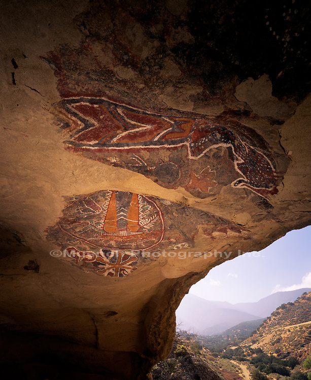 """San Emiglio Cave Paintings, Chumash Country, Pleito Creek   CALIFORNIA"""