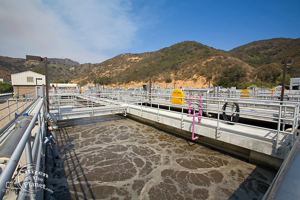 Bio-reactor Basin, Hill Canyon Wastewater Treatment Plant, Camarillo, Ventura County, California, USA