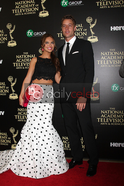 LOS ANGELES - JUN 22:  Chrishell Stause, Justin Hartley at the 2014 Daytime Emmy Awards Arrivals at the Beverly Hilton Hotel on June 22, 2014 in Beverly Hills, CA