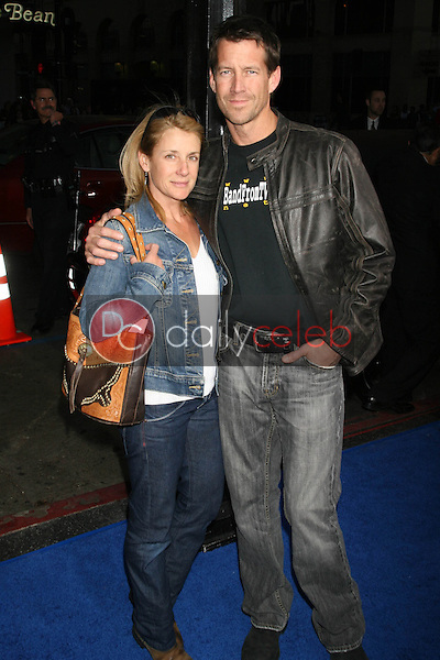 Erin O'Brien Denton and James Denton<br />at the Los Angeles Premiere of &quot;Blades of Glory&quot;. Mann's Chinese Theater, Hollywood, CA. 03-28-07<br />Dave Edwards/DailyCeleb.com 818-249-4998