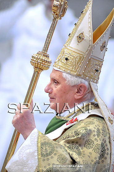 "Pope Benedict XVI (C) leads a special mass to open a month-long synod of African bishops on October 4, 2009 at Saint Peter's Basilica at the Vatican. Benedict prayed that the meeting of 197 Roman Catholic bishops from Africa's 53 states would ""renew and reinvigorate (Africa's) Church, the sign and instrument of reconciliation, justice and peace."