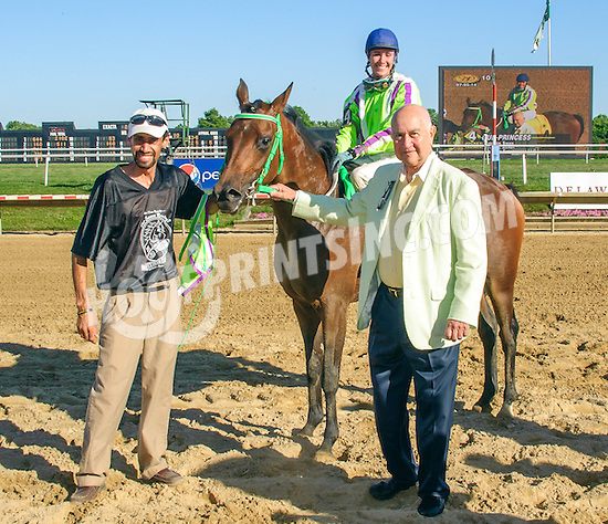 Our Princess winning The Buzz Brauninger Arabian Distaff Handicap (Gr. 1) at Delaware Park racetrack on 7/5/14