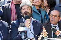 Presentazione dei candidati al consiglio comunale di Napoli del movimento cinque stelle<br /> Roberto Fico
