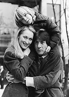 Kramer vs. Kramer (1979) <br /> Dustin Hoffman, Meryl Streep &amp; Justin Henry  <br /> *Filmstill - Editorial Use Only*<br /> CAP/MFS<br /> Image supplied by Capital Pictures