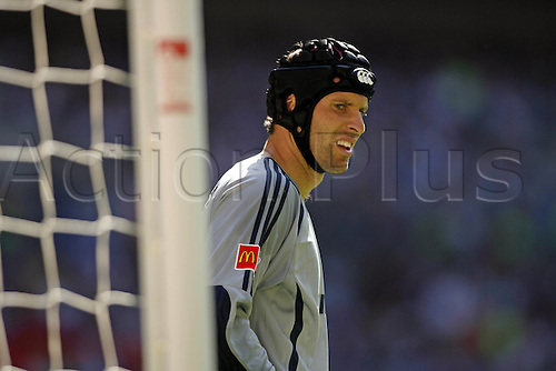 5 August 2007: Portrait of Chelsea goalkeeper Petr Cech during The FA Community Shield played between Chelsea and Man Utd at Wembley Stadium. The game finished 1-1, with Man Utd winning the penalty shoot-out 3-0. Photo: Glyn Kirk/Actionplus....070805 football soccer player keeper