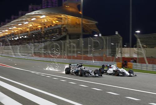 03.04.2016. Sakhir, Bahrain. F1  Grand Prix of Bahrain, 44 Lewis Hamilton (GBR, Mercedes AMG Petronas Formula One Team), 77 Valtteri Bottas (FIN, Williams Martini Racing)