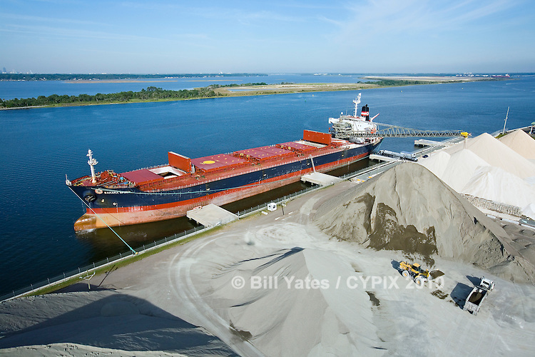 CSL International - Bahama Spirit unloading at the Martin Marietta Materials, Inc. Jacksonville Marine Facility, JaxPort.