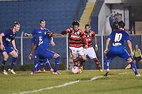 SAO CAETANO, SP, 01 de junho 2013- (BRASILEIRAO SERIE B) Lance, durante partida entre Sao Caetano x Atletico Go no Estadio Anacleto Campanella em Sao Caetano do Sul,ABC - FOTO:ADRIANO LIMA / BRAZIL PHOTO PRESS).