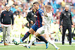 Real Madrid's Toni Kroos (r) and Levante UD's Enis Bardhi during La Liga match. September 14,2019. (ALTERPHOTOS/Acero)