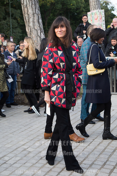 Emmanuelle Alt attend Louis Vuitton Show Front Row - Paris Fashion Week  2016.<br /> October 7, 2015 Paris, France<br /> Picture: Kristina Afanasyeva / Featureflash