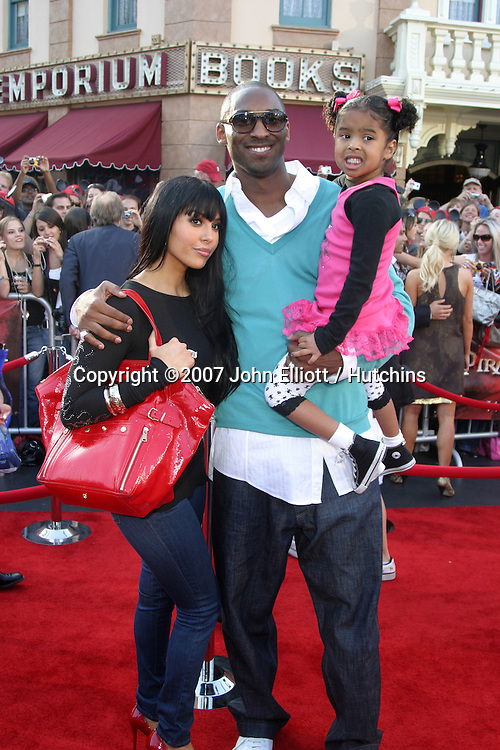 "Kobe & Vanessa Bryant with Daughter.""Pirates of the Caribbean: At World's End"" Premiere.Disneyland.Anaheim, CA.May 19, 2007.©2007 John Elliott / Hutchins...."
