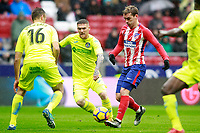 Atletico de Madrid's Antoine Griezmann (r) and Getafe CF's Juan Cala (l) and Vitorino Antunes during La Liga match. January 6,2018. (ALTERPHOTOS/Acero) /NortePhoto.com NORTEPHOTOMEXICO
