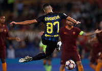 Calcio, Serie A: Roma vs Inter. Roma, stadio Olimpico, 2 ottobre 2016.<br /> FC Inter&rsquo;s Antonio Candreva kicks the ball during the Italian Serie A football match between Roma and FC Inter at Rome's Olympic stadium, 2 October 2016.<br /> UPDATE IMAGES PRESS/Isabella Bonotto