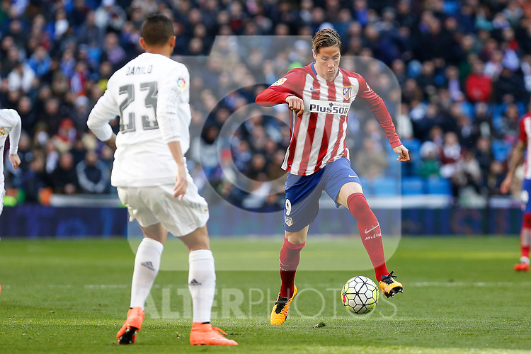 Atletico de Madrid´s Fernando Torres during 2015/16 La Liga match between Real Madrid and Atletico de Madrid at Santiago Bernabeu stadium in Madrid, Spain. February 27, 2016. (ALTERPHOTOS/Victor Blanco)