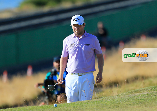 Branden GRACE (RSA) lines up his putt at the edge of the 16th green  during Sunday's Final Round of the 2015 U.S. Open 115th National Championship held at Chambers Bay, Seattle, Washington, USA. 6/22/2015.<br /> Picture: Golffile | Eoin Clarke<br /> <br /> <br /> <br /> <br /> All photo usage must carry mandatory copyright credit (&copy; Golffile | Eoin Clarke)