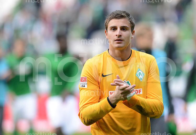 FUSSBALL   1. BUNDESLIGA  SAISON 2012/2013   6. Spieltag  29.09.2012 SV Werder Bremen - FC Bayern Muenchen    Torwart Sebastian Mielitz (SV Werder Bremen)