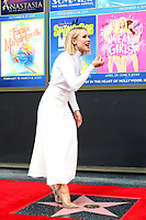 LOS ANGELES - OCT 19:  Kristen Bell at the Idina Menzel and Kristen Bell Star Ceremony on the Hollywood Walk of Fame on October 19, 2019 in Los Angeles, CA