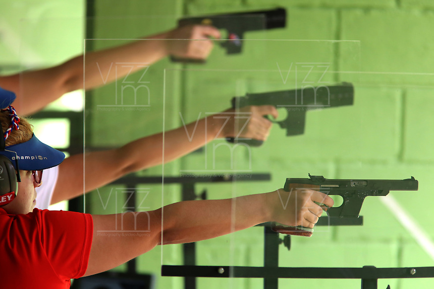 BARRANQUILLA - COLOMBIA, 22-07-2018:Modalidad  Tiro con Pistola .Juegos Centroamericanos y del Caribe Barranquilla 2018. / Shooting mode with sports pistol category of the Central American and Caribbean Sports Games Barranquilla 2018. Photo: VizzorImage /  Contribuidor