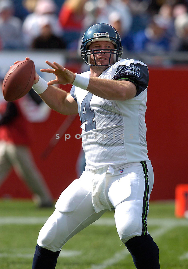 Trent Dilfer during the Seattle Seahawks v. New England Patriots on October 17, 2004...Patriots win 30-20..Chris Bernacchi / SportPics