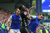 1st October 2017, Hillsborough, Sheffield, England; EFL Championship football, Sheffield Wednesday versus Leeds United; Ross Wallace of Sheffield Wednesday hits Hadi Sacko of Leeds United FC in the face and a foul is given