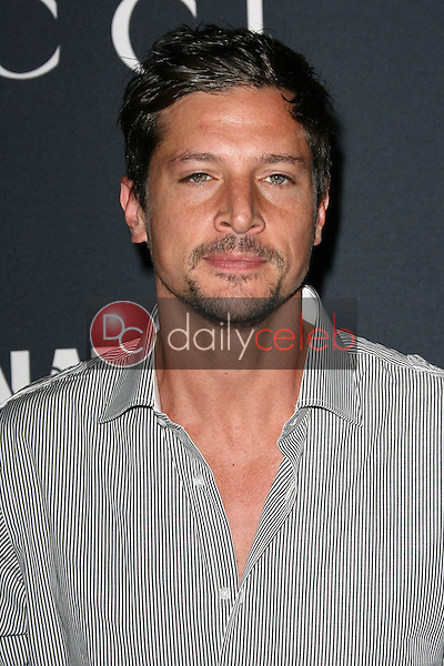 Simon Rex<br />