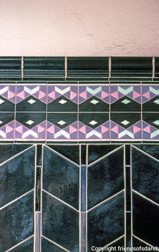 San Francisco: 3030 Larkin, Detail, Tiles.   Photo '84.