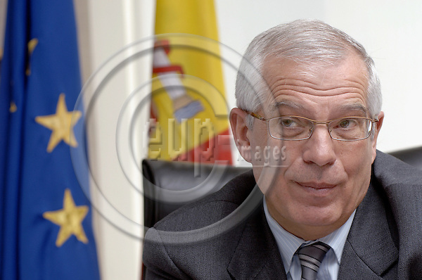 Brussels-Belgium - 10 January 2006---Josep BORRELL FONTELLES, President of the European Parliament, during an interview in his office---Photo: Horst Wagner/eup-images