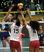 BOGOTÁ-COLOMBIA, 07-01-2020: Karla Ortiz y Maricarmen Guerrero de Perú, intentan un bloqueo al ataque de balón, a Lucía Fresco de Argentina, durante partido entre Argentina y Perú, en el Preolímpico Suramericano de Voleibol, clasificatorio a los Juegos Olímpicos Tokio 2020, jugado en el Coliseo del Salitre en la ciudad de Bogotá del 7 al 9 de enero de 2020. / Karla Ortiz and Maricarmen Guerrero from Peru, tries to block the attack the ball to Lucia Fresco from Argentina, during a match between Argentina and Peru in the South American Volleyball Pre-Olympic Championship, qualifier for the Tokyo 2020 Olympic Games, played in the Colosseum El Salitre in Bogota city, from January 7 to 9, 2020. Photo: VizzorImage / Luis Ramírez / Staff.
