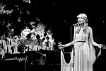 Twiggy 1975 with Eddie Hardin on piano at Roger Glover's Butterfly Ball at The Royal Albert Hall om October 16th 1975.<br /> &copy; Chris Walter