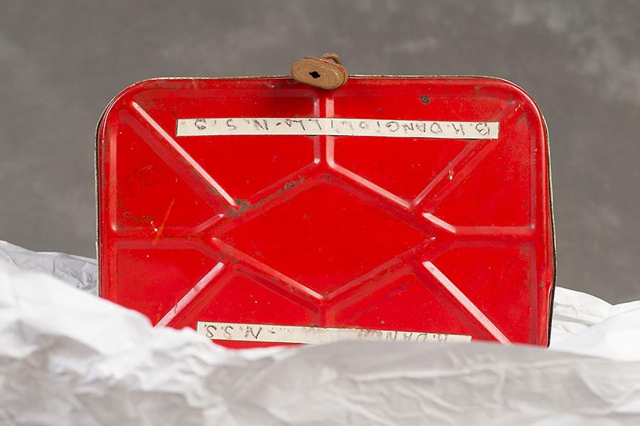 Willard Suitcases / Katherine D / ©2014 Jon Crispin