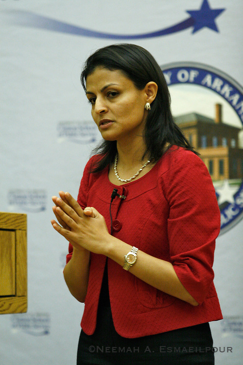 Maryana Iskander, the COO of Planned Parenthood Federation of America, talks to the Clinton School of Public Service Monday, Nov. 9, 2009 in Little Rock, Arkansas. (Photo/Jacob Slaton)