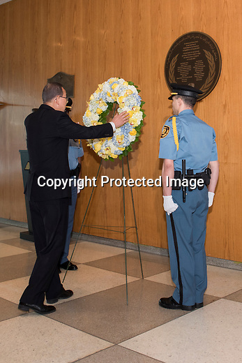 Wreath-laying ceremony to commemorate the twelfth anniversary of the Baghdad bombing