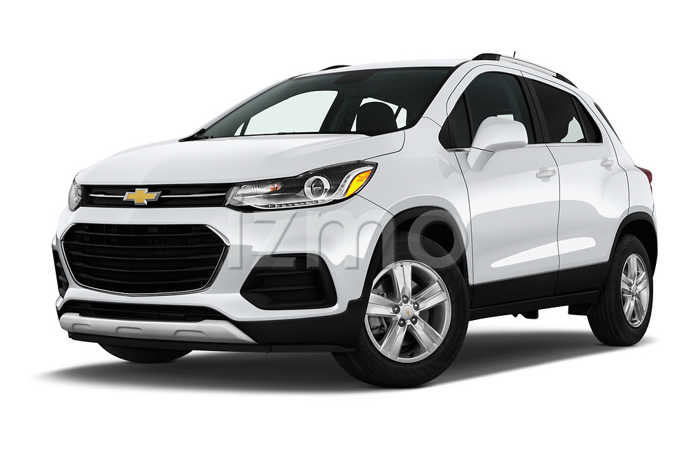 Stock pictures of low aggressive front three quarter view of a 2019 Chevrolet Trax LT 5 Door SUV