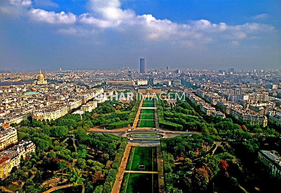 Cidade de Paris. França. 1999. Foto de Salomon Cytrynowicz.